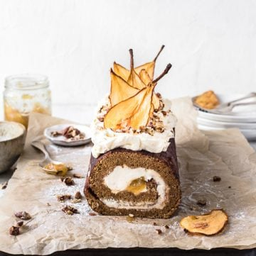 gingerbread pear roulade