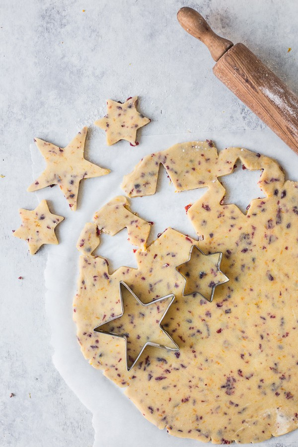 star cookies being cut out